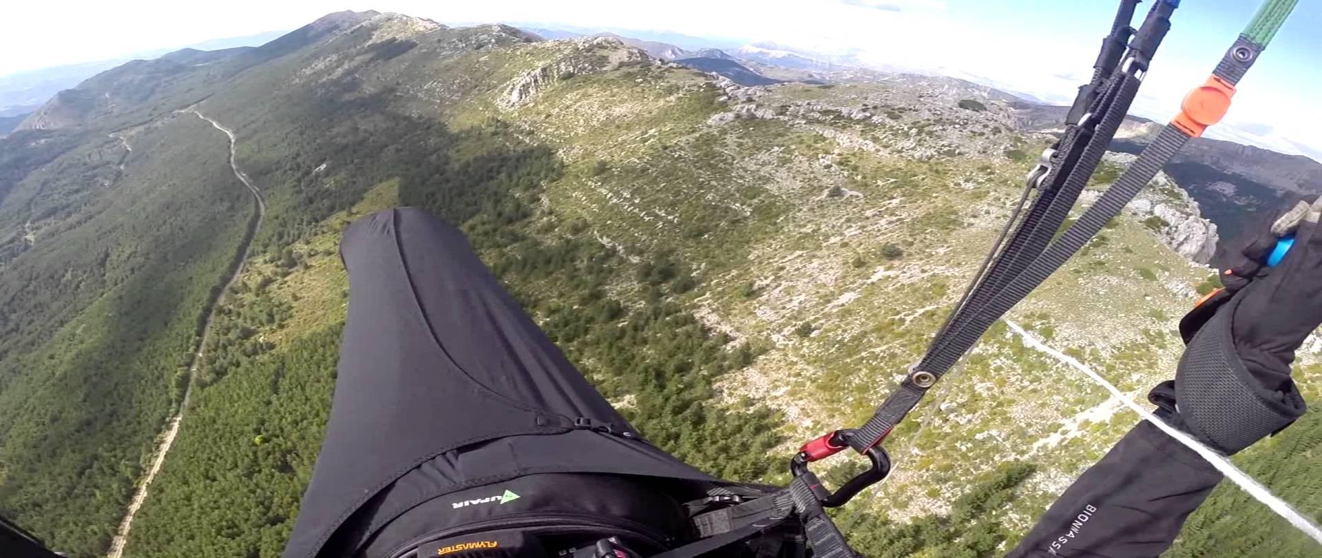 Vol site parapente Mont Denier – Courchon (04)