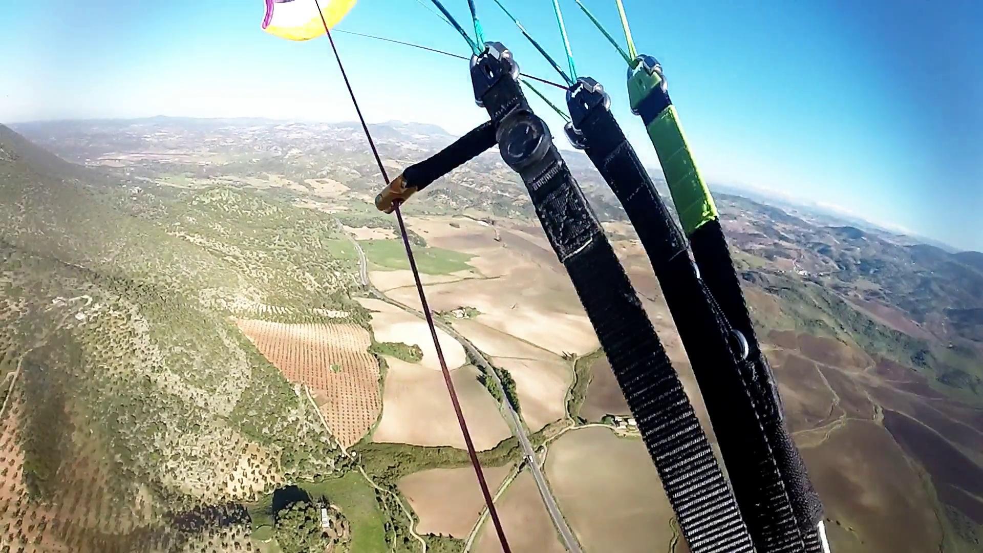 Vol sur le site parapente Algodonales Levante (Espagne)