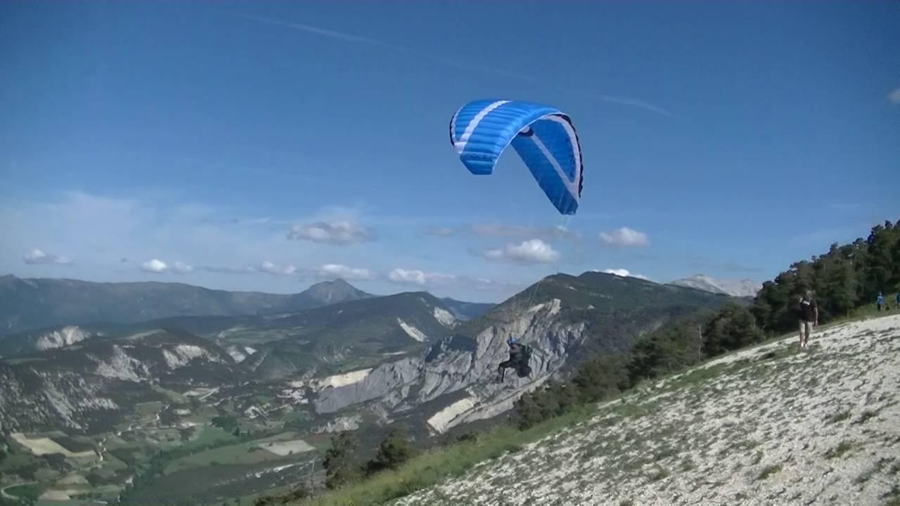 Premiers grands vols des élèves à l'école Aérogliss