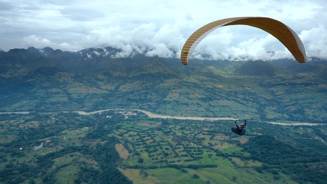 Voyage parapente en Colombie avec Flysierranevada