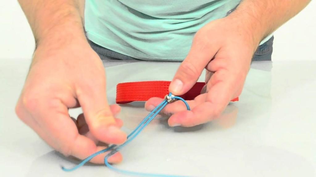 Comment faire le noeud sur ses commandes de frein de parapente?