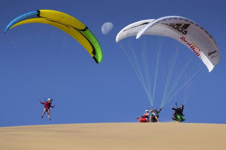 Parapente et kayak sur les dunes de Namibie