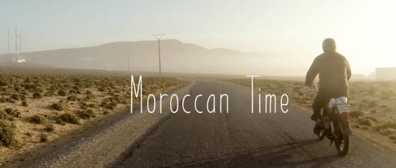 «Moroccan Time», jeux sur les dunes d'Aglou Beach (Maroc)