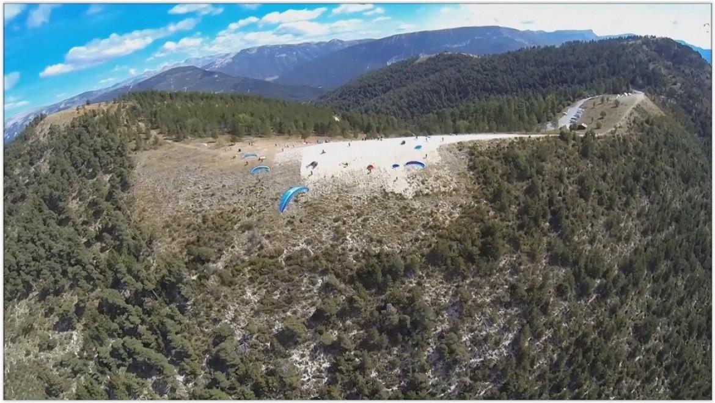 Voler sur le site parapente Saint André les Alpes (04)