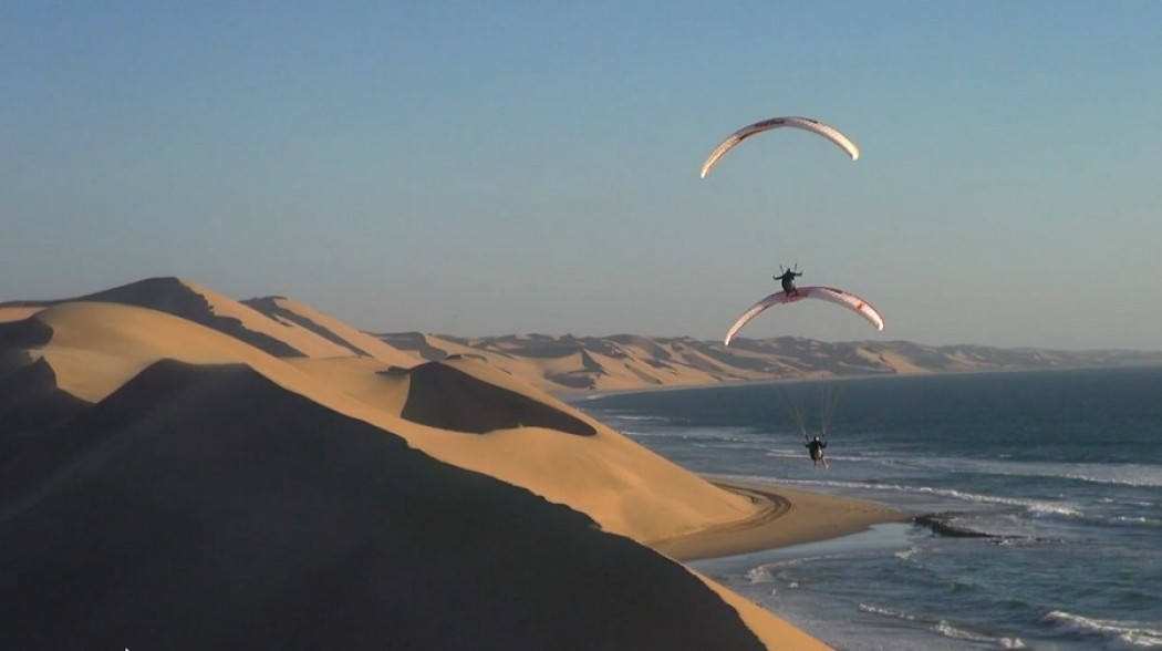 Vols synchro en Namibie avec Petar Loncar et Veso Ovcharov