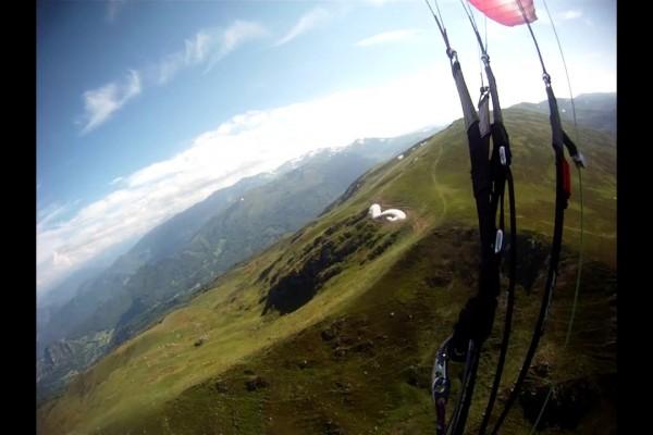 Vol sur le site parapente Prat d'Albis (09)