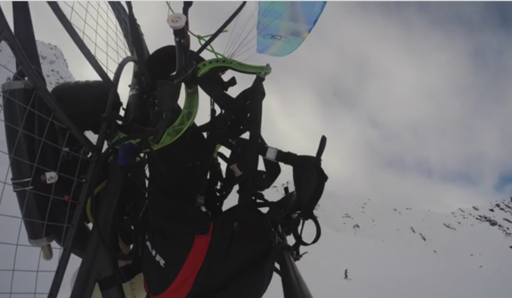 Radio Controlled Paramotor, your personal flying ski lift