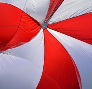 Parachutes secours neufs