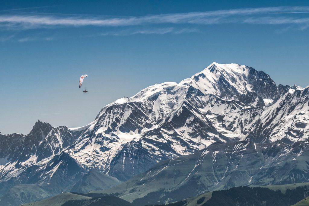 Le Mont Blanc est le point où les athlètes feront demi-tour vers l'Autriche.