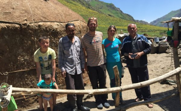 Rencontre de nomades à Dzhergatol - Tadjiskistan
