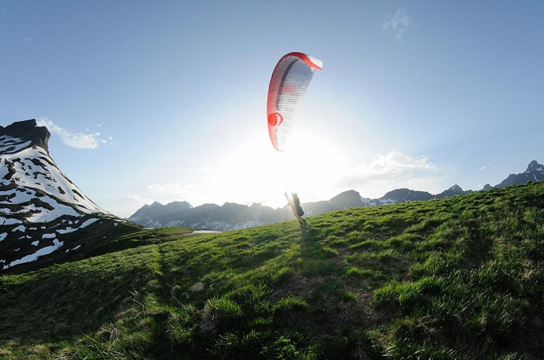 Le St Hil Airtour, à pied et en parapente, du 14 au 22 juin 2014