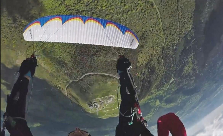 Parapente acrobatique au Puy de Dôme 2017 avec Antoine