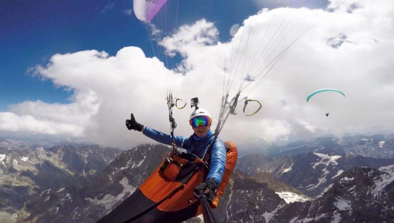 Plaf à 4500 m pour une bande de copains au dessus du massif des Ecrins