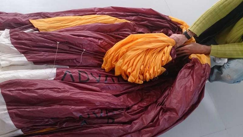Le pliage d'une voile parapente préconisé par HORIZON REPARATION
