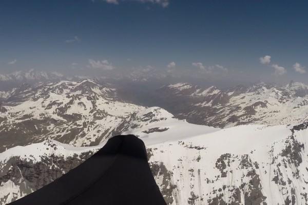 2500 km en vol bivouac dans les Alpes  et sans assistance