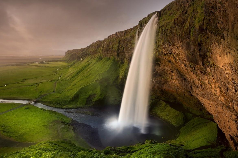 Partir voler en parapente en Islande