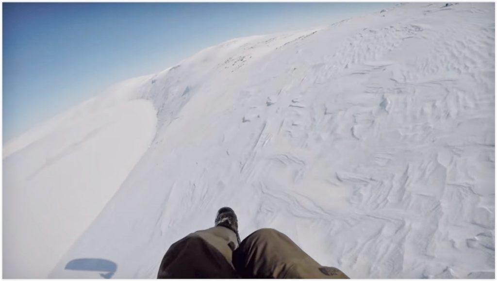 Rejoindre en kite le cratère du Nunavik pour le survoler en parapente (Québec)