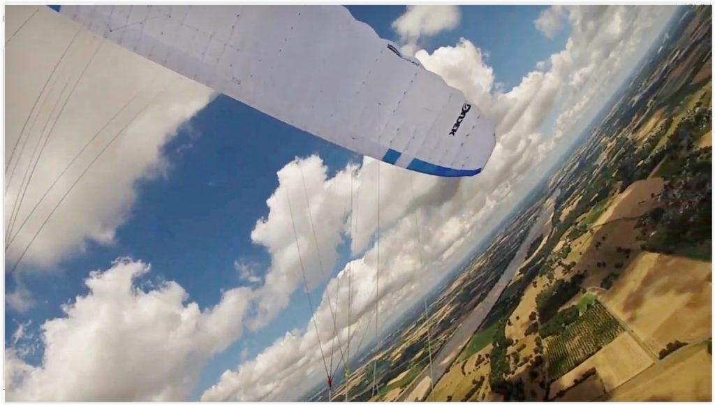 Vol de plaine avec la DUDEK Run&Fly 16m² par Dominique