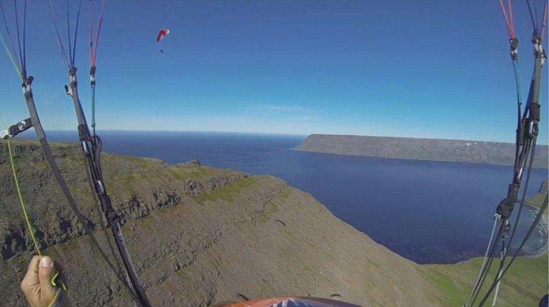 Hike and Fly dans le Westfjord en Islande avec Fabien