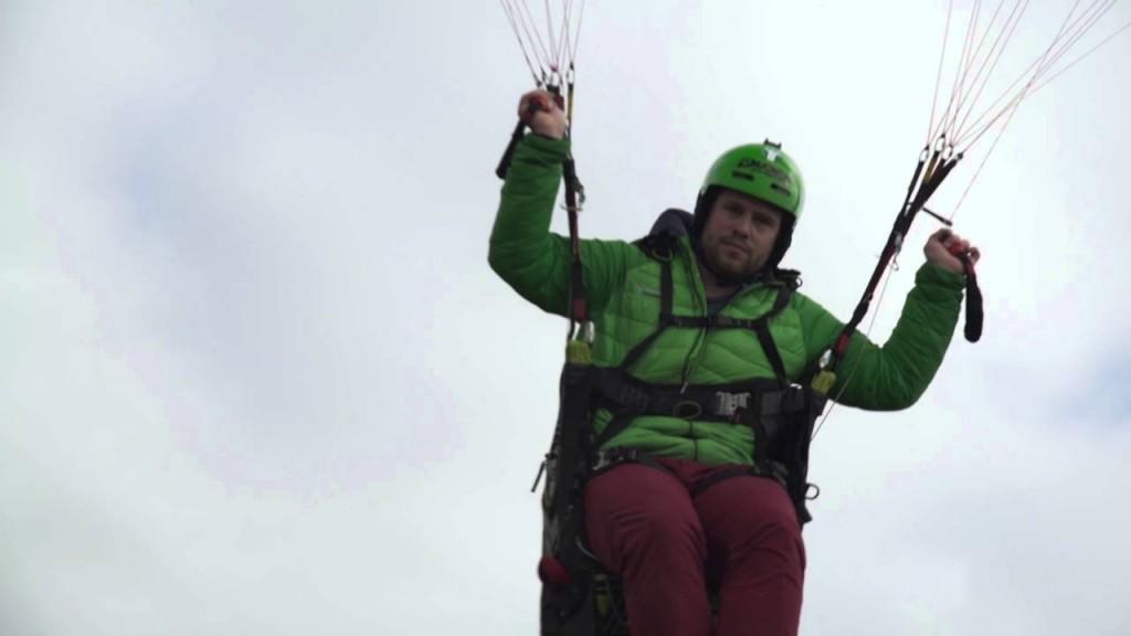 La minute parapente « Caprice des Dieux » avec Laurent Roudneff