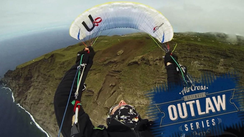 L'aile parapente Aircross U8 testée par l'acrobate Ondrej Prochazka