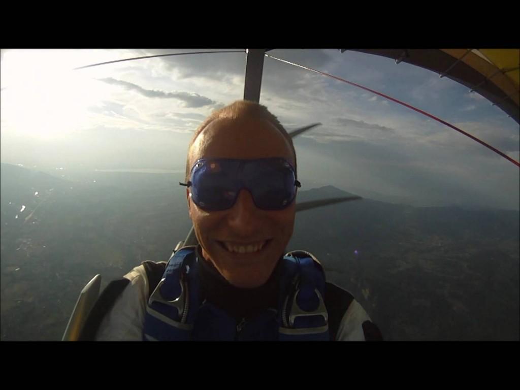 Largage parachute depuis un ULM par Fabien Duperrier