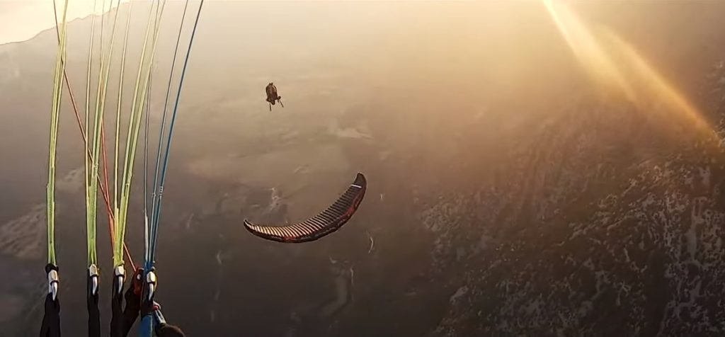 « Extreme paragliding tricks in Organya's paradise », une vidéo acro hors pair