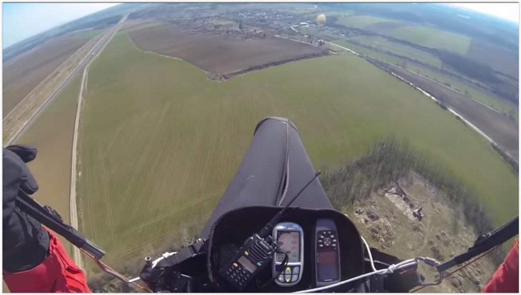 Mousqueton ouvert en vol et proche du sol, que faire?