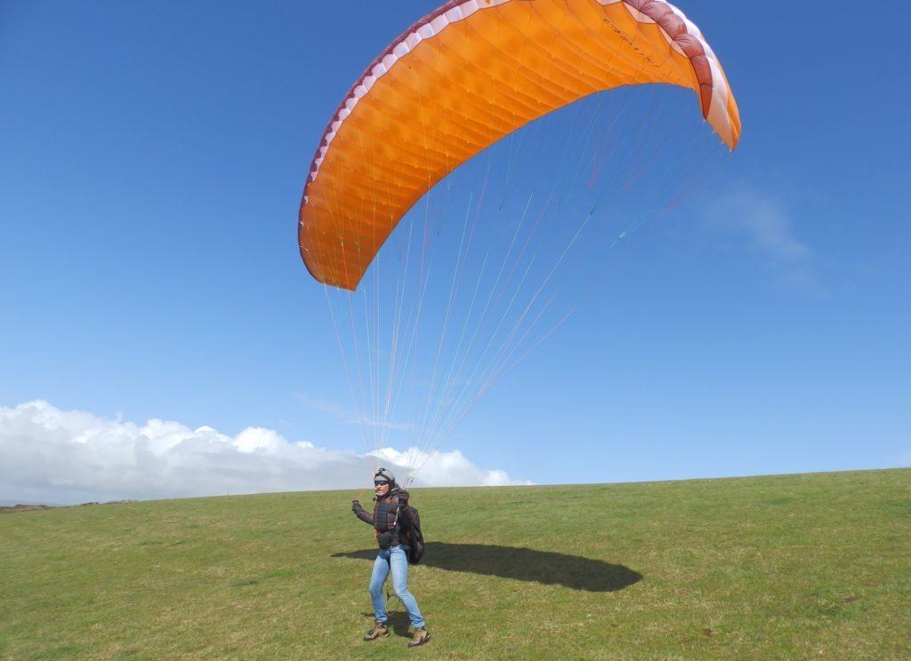 Tests de voiles dans le vent fort : la NERVURES Whizz 18m²
