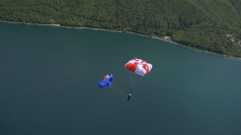 Parachute carré SUP'AIR Fluid : démonstration de l'ouverture