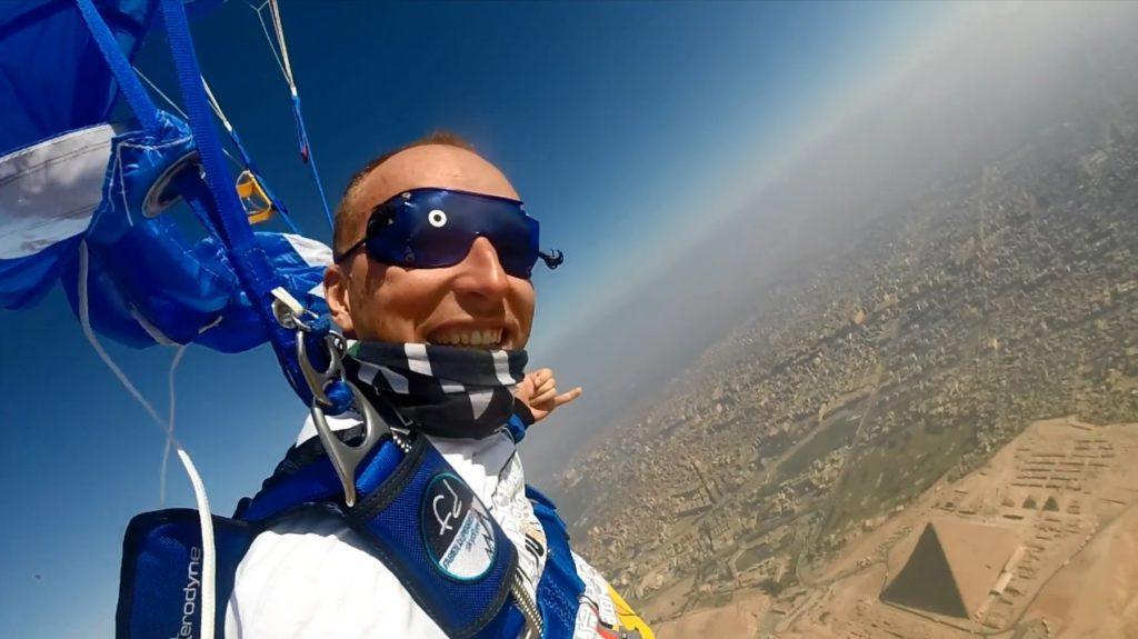 Skydive du Pharaon, saut en parachute au dessus des pyramides d'Egypte