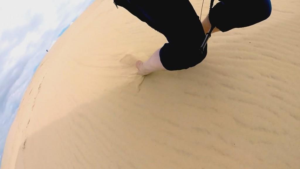 Les pieds dans le sable à la Dune du Pyla avec Didier