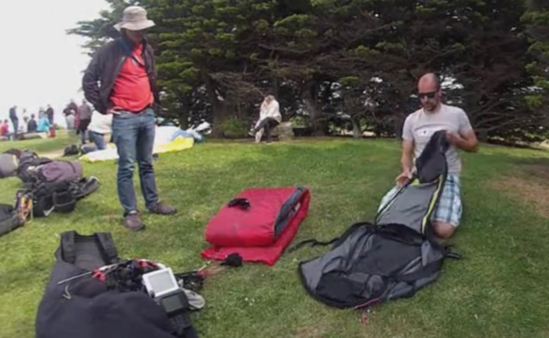 Méthode de pliage du sac de portage de parapente