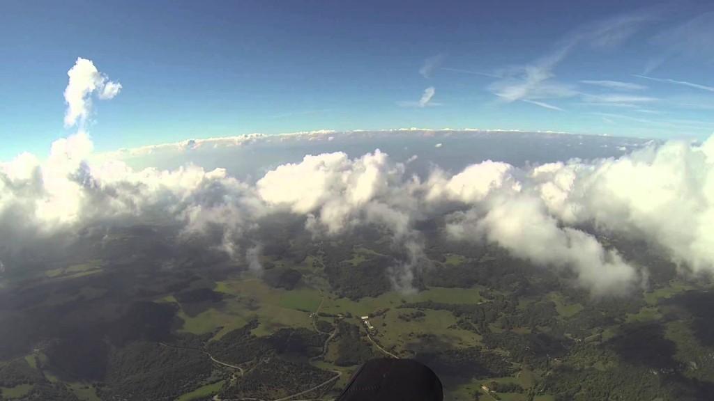 Quand Antoine Girard vole au dessus des nuages