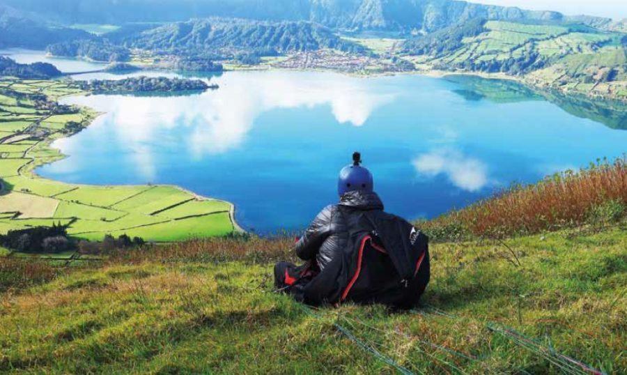Partir voler en parapente aux Açores avec la famille