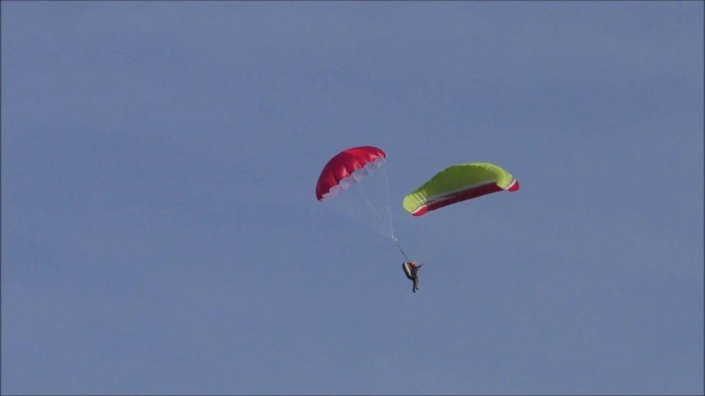 Parachute de secours parapente : ce qu'il faut savoir pour bien le lancer