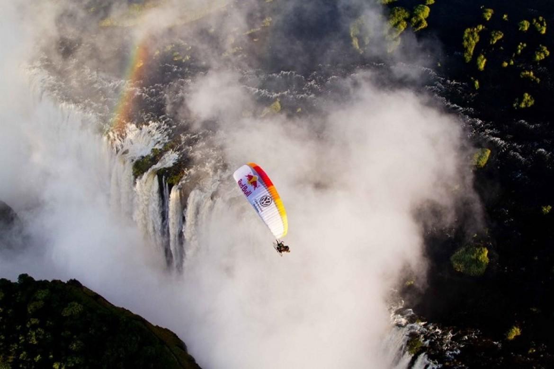 Les plus beaux sites de parapente vus par Red Bull