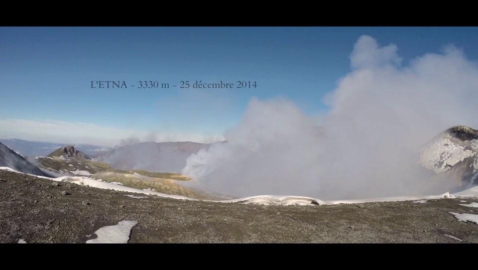 Un vol de Noël en Spiruline sur l'Etna (Sicile)