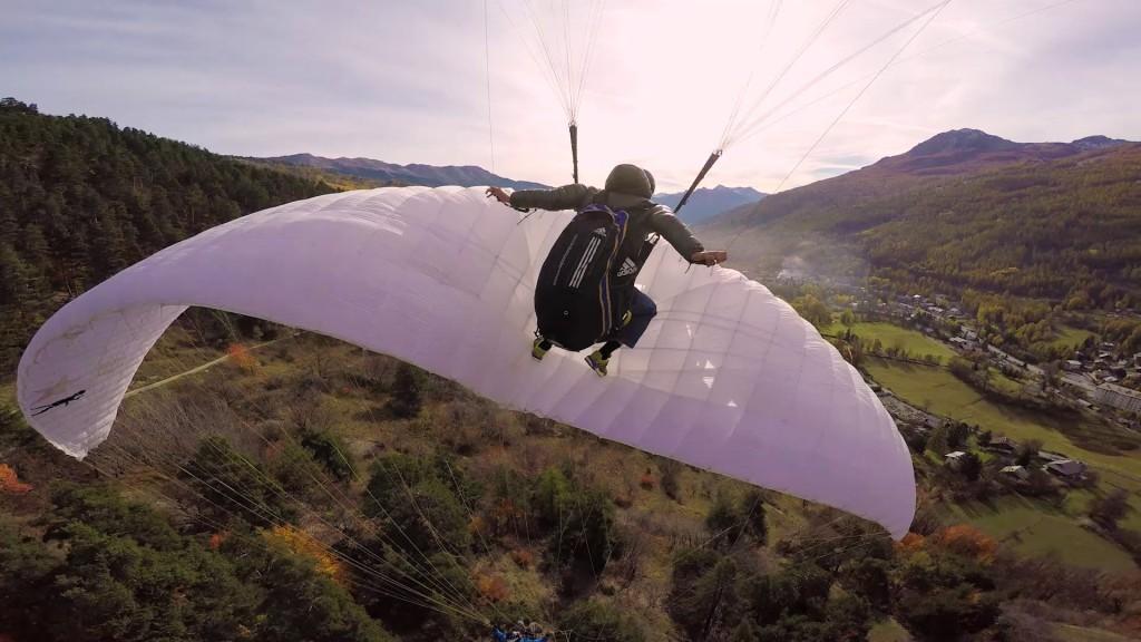 Vol d'automne dans la vallée Serre Chevalier avec JB Chandelier