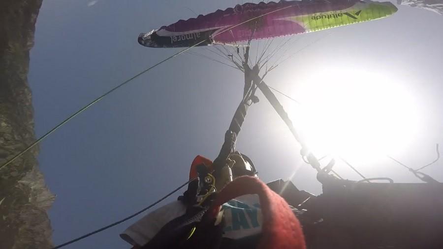 Le vol synchro avec Eliot et Tim, du beau spectacle parapente